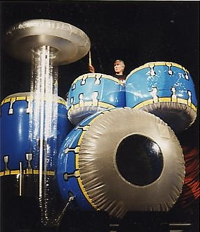 1992 Giant drumkit 1