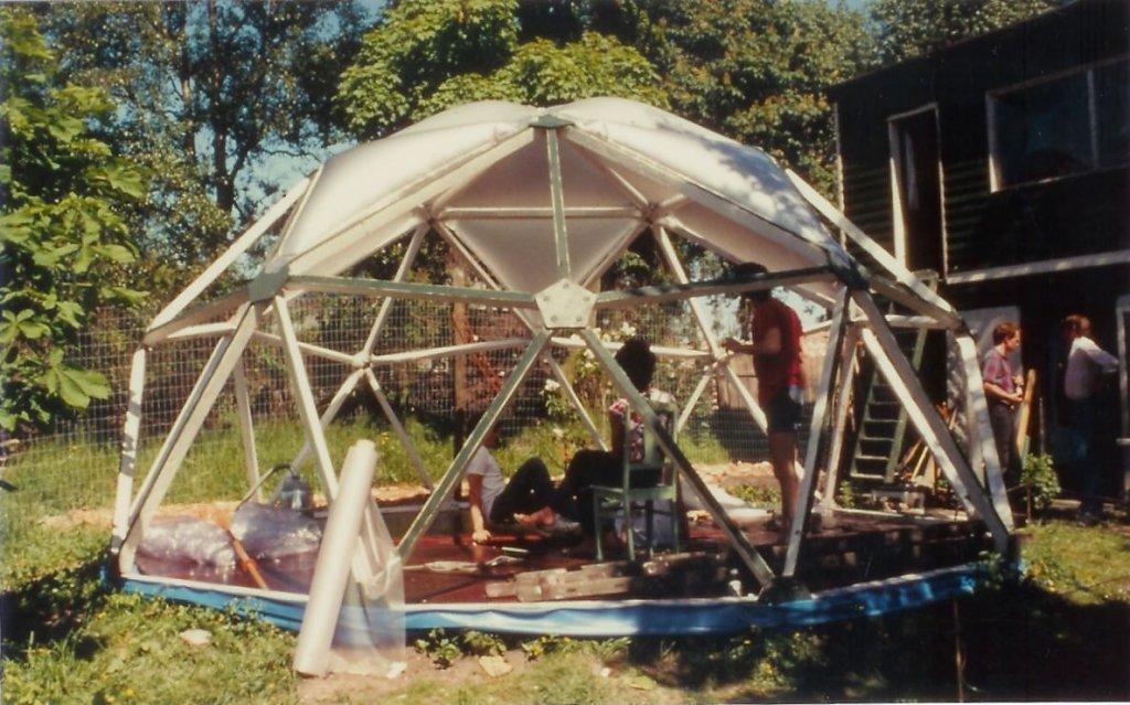 1983 Dome 1